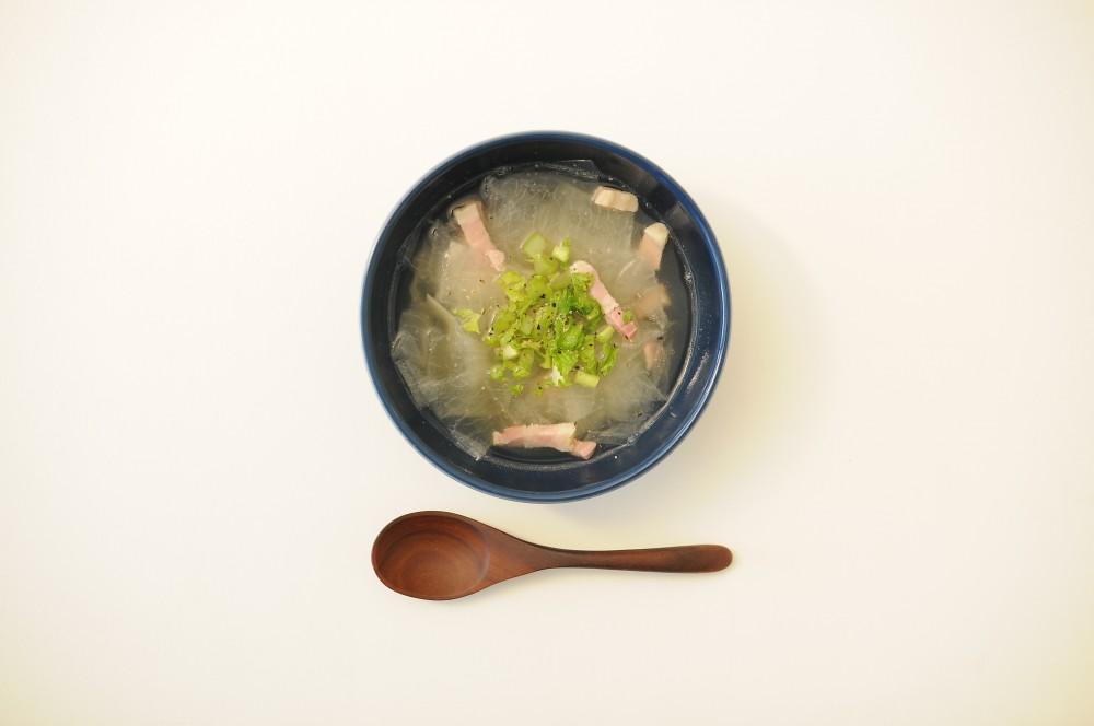 パンチェッタと大根のスープ